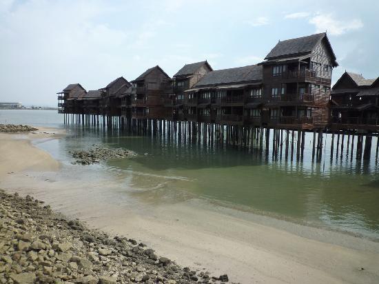 Langkawi Lagoon Beach Resort: Sea village