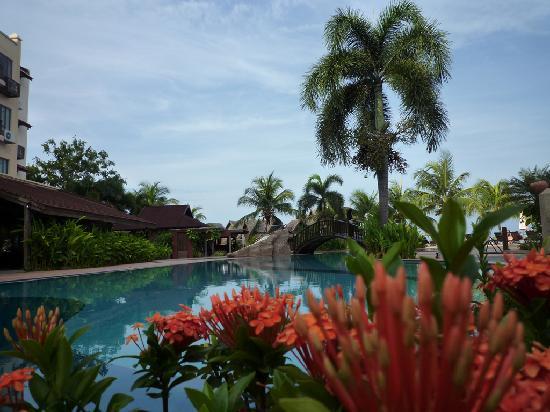 Langkawi Lagoon Beach Resort: Resort pool
