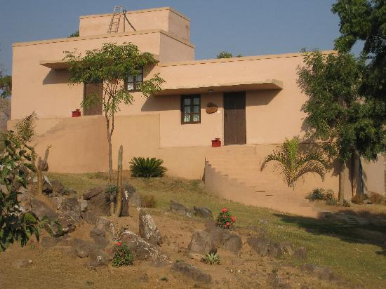 Aravali Silence Lakend Resort & ZO Rooms: The Cabanas