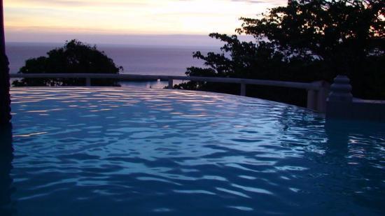Savusavu, Fiji: Koro Sun main house at sunset