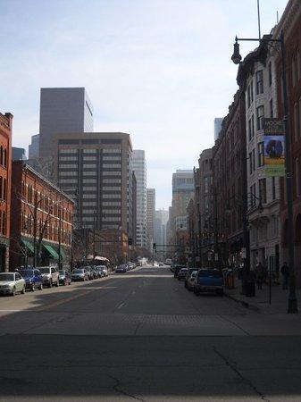 Denver Inside and Out : Les rues de Denver: beaucoup moins peuplées que celles de New-York et vraiment différentes!
