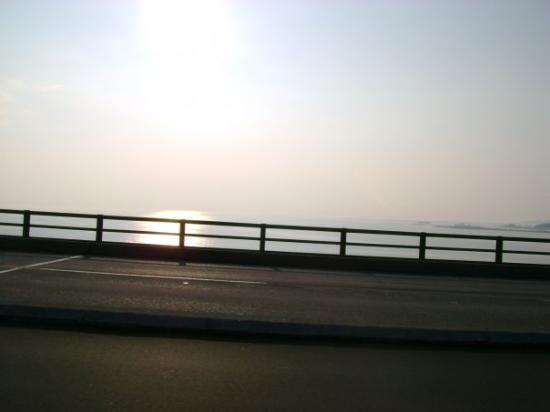 Mackinaw City, MI: going over the bridge