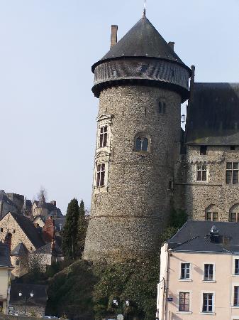 Chateau de Laval (Laval's Castle): el castillo viejo