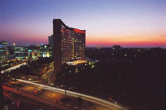 Monomotapa Hotel- Legacy : Crowne Plaza Monomotapa