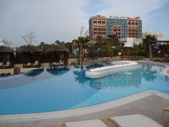 Adalya Resort & Spa: Outdoor Pool