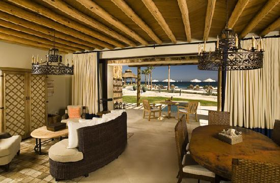 The Resort at Pedregal: Room at Pedregal