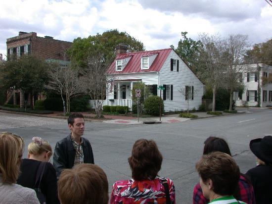 Architectural Tours of Savannah: Jonathan speaks.
