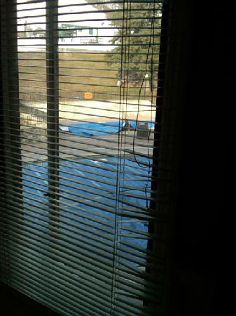Boyne Mountain Resort: Damage to the blinds