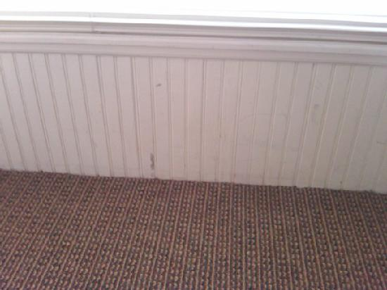 Boyne Mountain Resort: Damage to the wainscoting