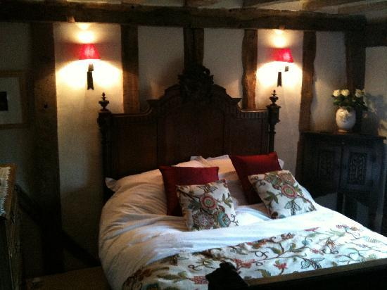 Camomile Cottage: The Oak Room - divine!
