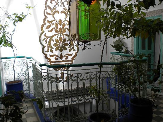 Riad Dar Tah Tah : Mezzanine courtyard