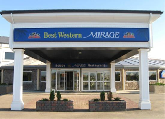 BEST WESTERN PLUS Mirage Hotel & Resort: Best Western Mirage High Level, Alberta