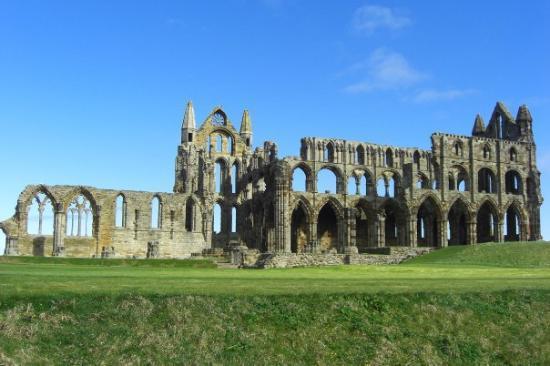 Ruin av kloster i Whitby
