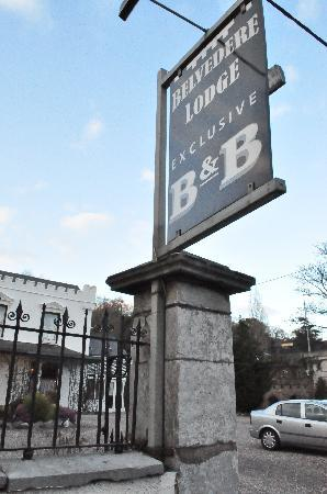 Belvedere Lodge: Entrance