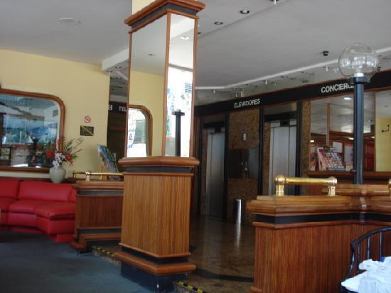 Lord Hotel: recepção