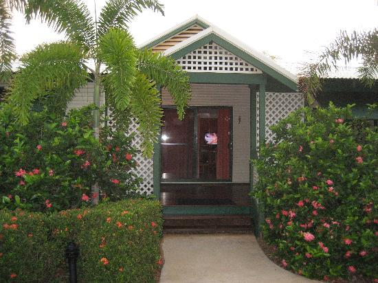 Cocos Beach Bungalows: Our Bungalow