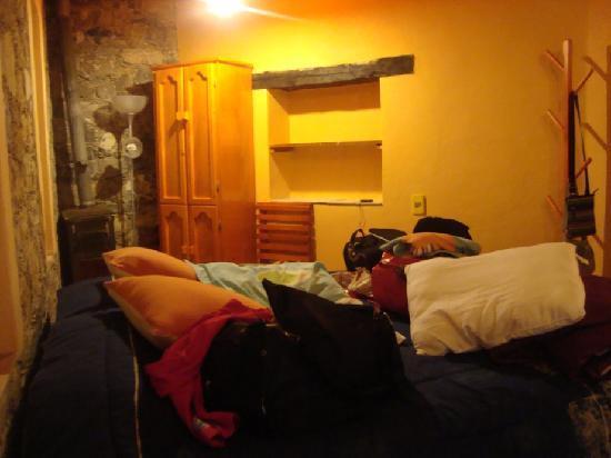 Refugio Romano: Entrando al cuarto cama king siz