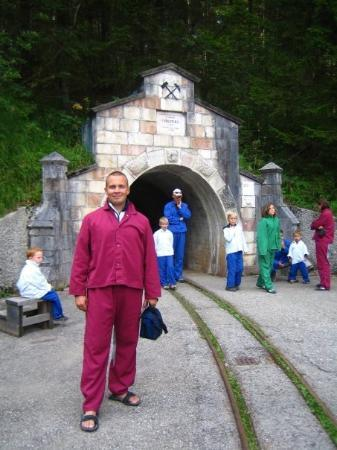 """Hallstatt, Østerrike: Entrance to 'Die Salzwelten"""""""