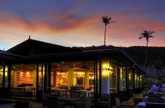 The Taaras Beach & Spa Resort: Sun set