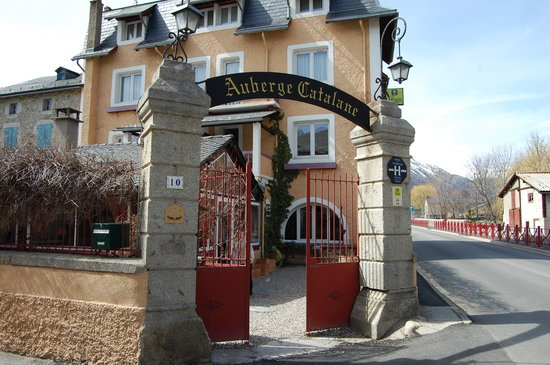 Auberge-Catalane : just a little place on the corner
