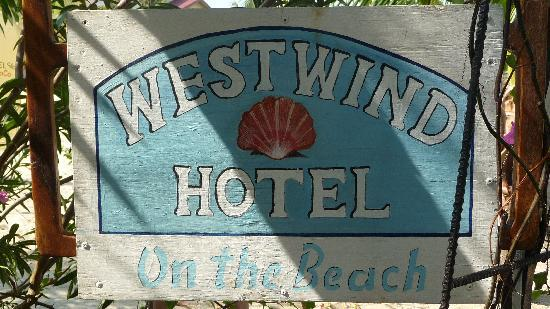 Westwind Hotel on the Beach: The quaint sign of the Westwind Hotel