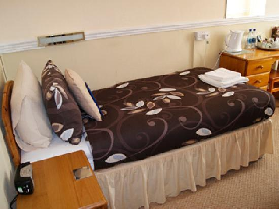Summerlands Guest House: Guest Room ( Room 7 - Twin )