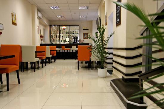 King's Hotel: Lobby