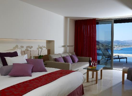 Lindos Blu: Juniot Suite with Shared Pool