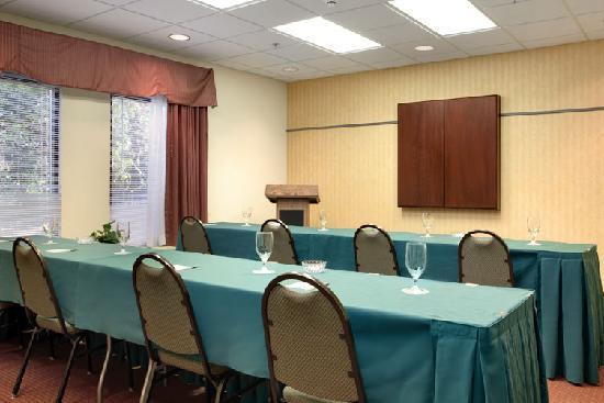 Hampton Inn Tallahassee Central: Meeting Space