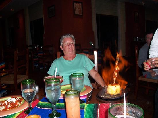 Valentin Imperial Maya: SISTER'S FLAMING SHRIMP
