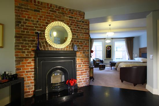 The Merchant House: W.B. Yeats Suite Single & King