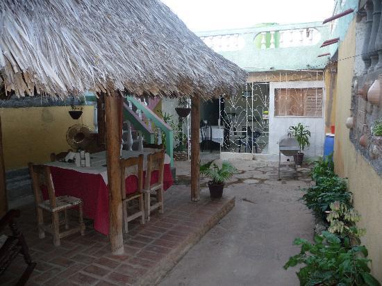 Casa de Miriam: patio et salle de repas