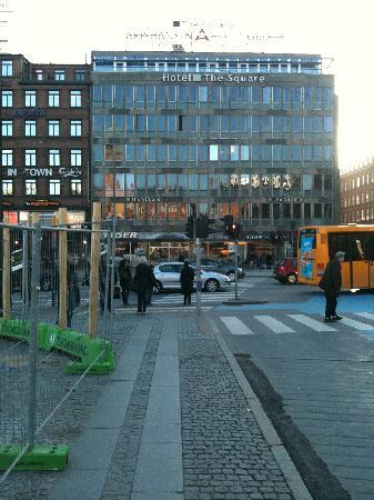 The Square Copenhagen: Entrance to the Hotel
