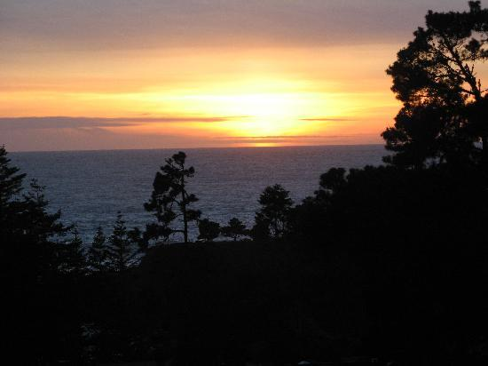 Casa Puesta del Sol: sundset from our room at sea foam lodge