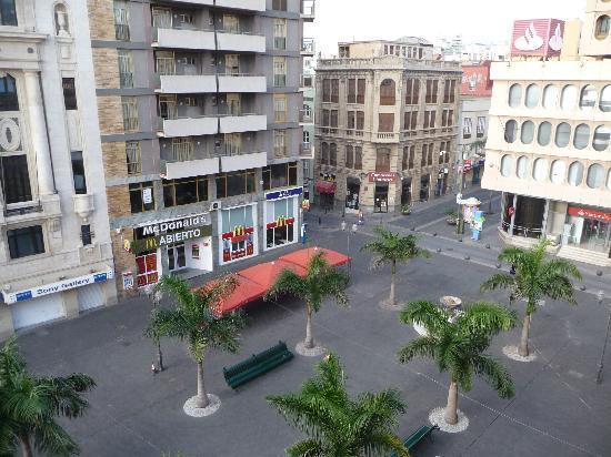 Hotel Adonis Plaza: VISTA DESDE LA TERRAZA DEL HOTEL