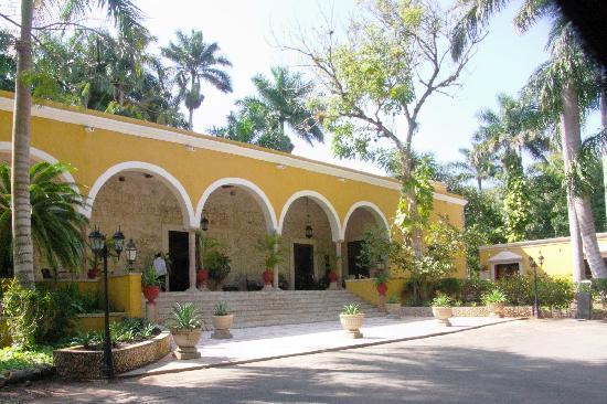Hacienda Chichen Original Home Renovated Into A Luxufy Hotel
