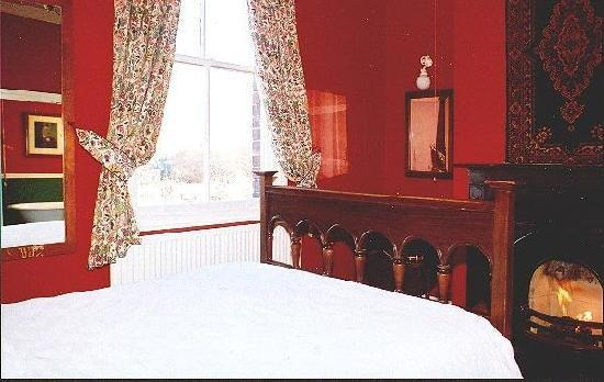 Hardwick House B&B: Cosy and old fashioned