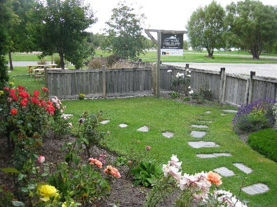 Glenorchy Lake House : The Garden