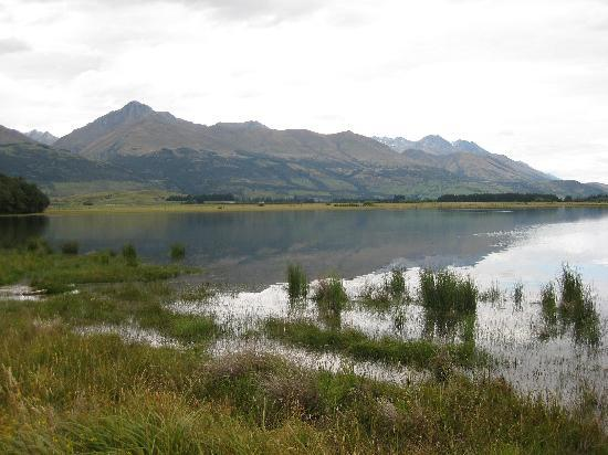 Glenorchy Lake House: The Lake