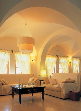 Hotel Matina, Kamari Beach Santorini - Lobby