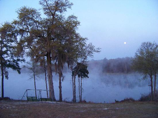 Kite, GA: Moon over lake