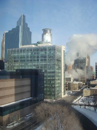 Hilton Garden Inn Minneapolis Downtown: view during the day