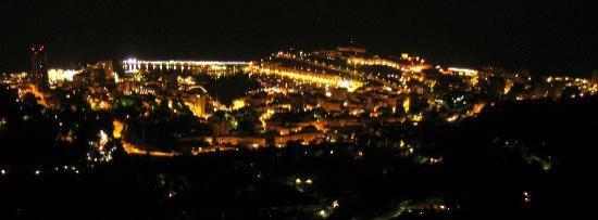 La Turbie, Francia: 夜景の美しさは別格でした