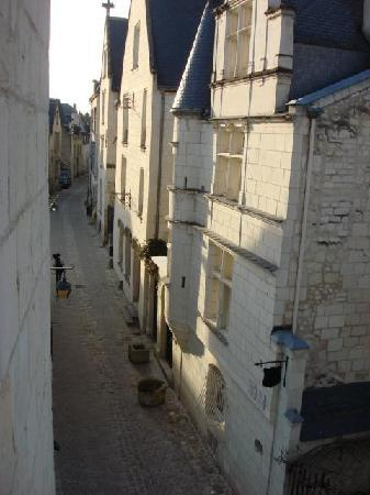 Hostellerie Gargantua: View of Castle from room