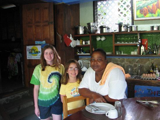 Cocoa Cottages: joan and girls