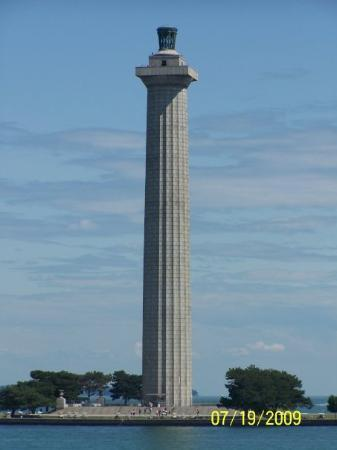 Perry's Victory & International Peace Memorial: Lighthouse in Put - In - Bay Ohio