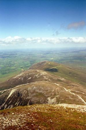 Westport, Irland: The view from Croagh Patrick in Ireland.