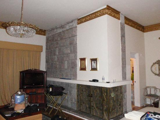 Boutique Hotel Mansion del Angel: Fireplace