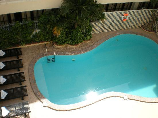 Hai Au Boutique hotel and spa: Swimming pool at Hai Au