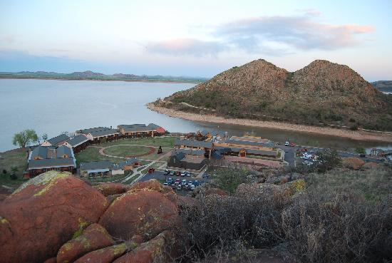Quartz Mountain Resort Arts & Conference Center: The view from the mountain behind the resort